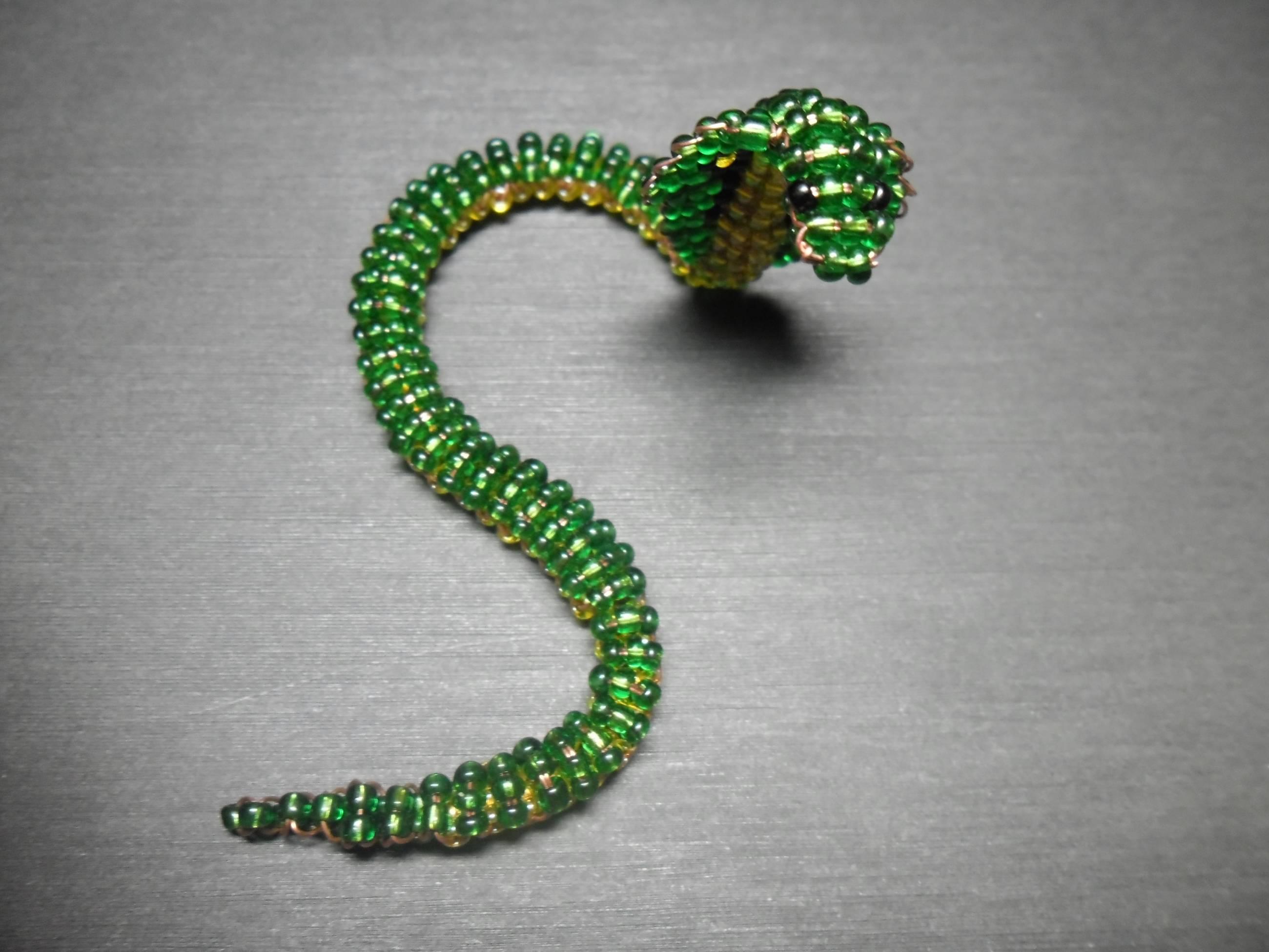 Змеи из бисера мастер класс с пошаговым фото